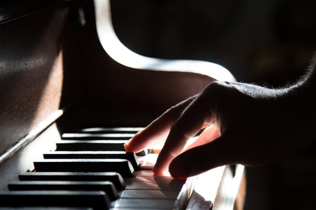 Music Lessons Piano Lessons Guitar Lessons Drum Lessons Electric Guitar Lessons Dun Laoghaire Dalkey Monkstown Rathdown Glenageary Monkstown Music School